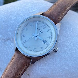 Fossil brown genuine leather watch 10 ATM w/ Date